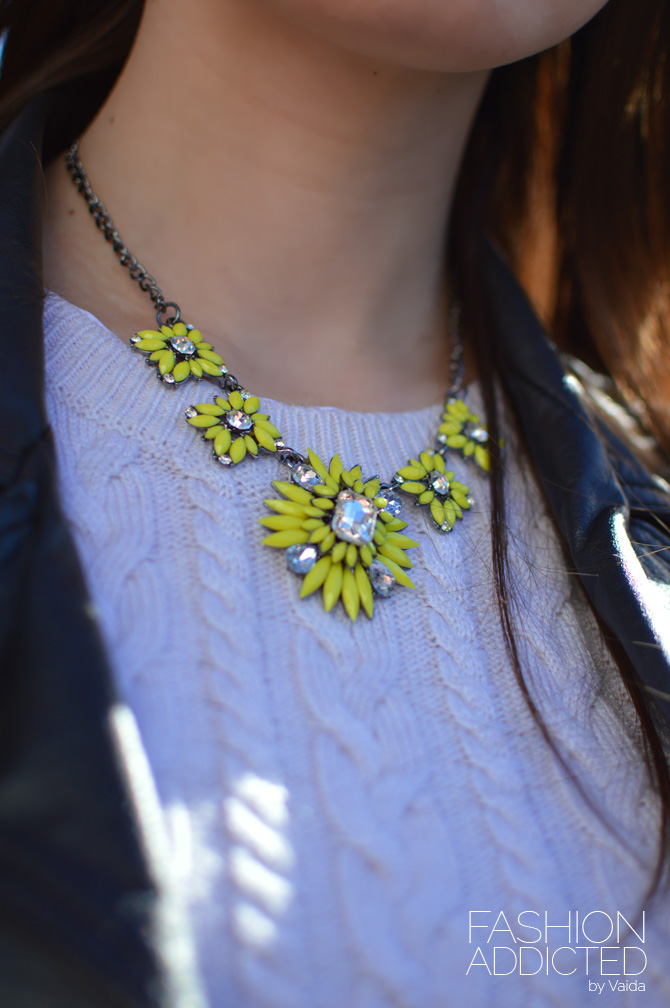yellow-floral-necklace