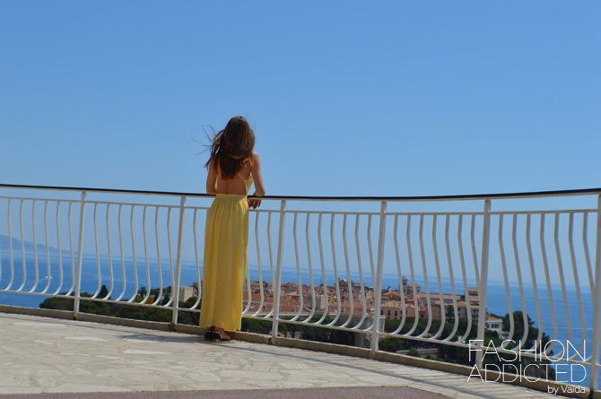 backless-yellow-dress