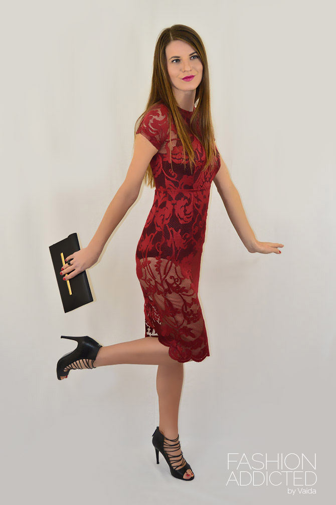 New-Years-Eve-outfit-idea-burgundy-lace-dress