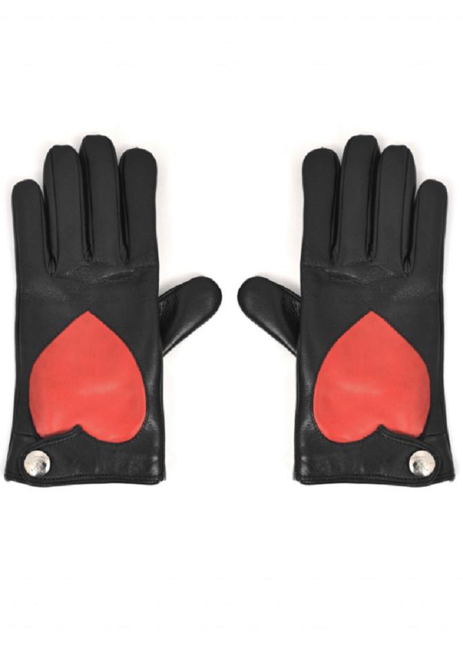 VIVIENNE-WESTWOOD-Nappa-Heart-Gloves