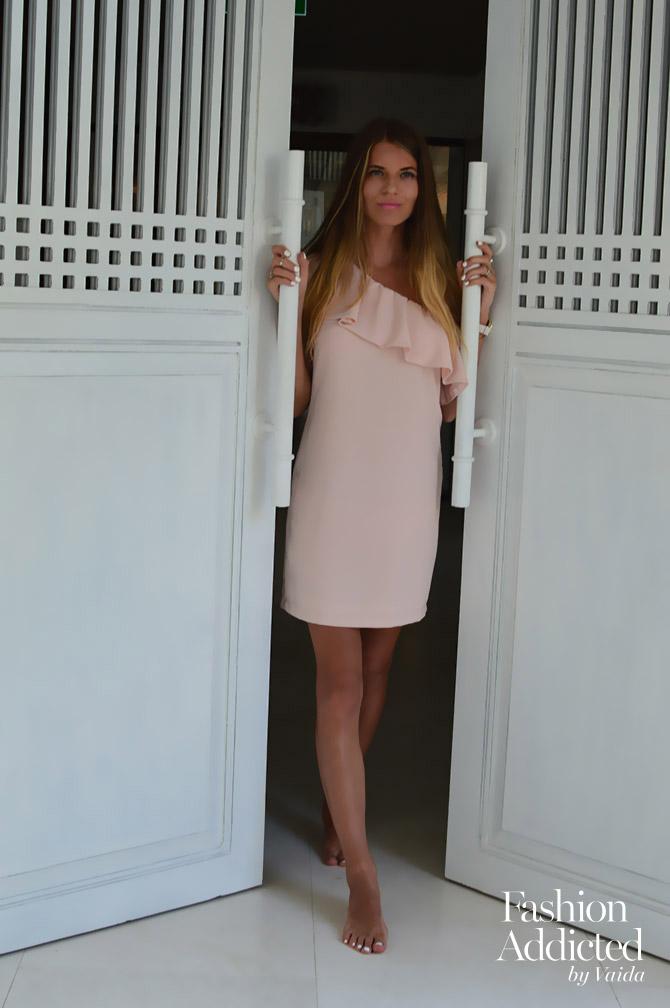 La-Redoute-Pink-Dress-one-shoulder-holiday-dress-2
