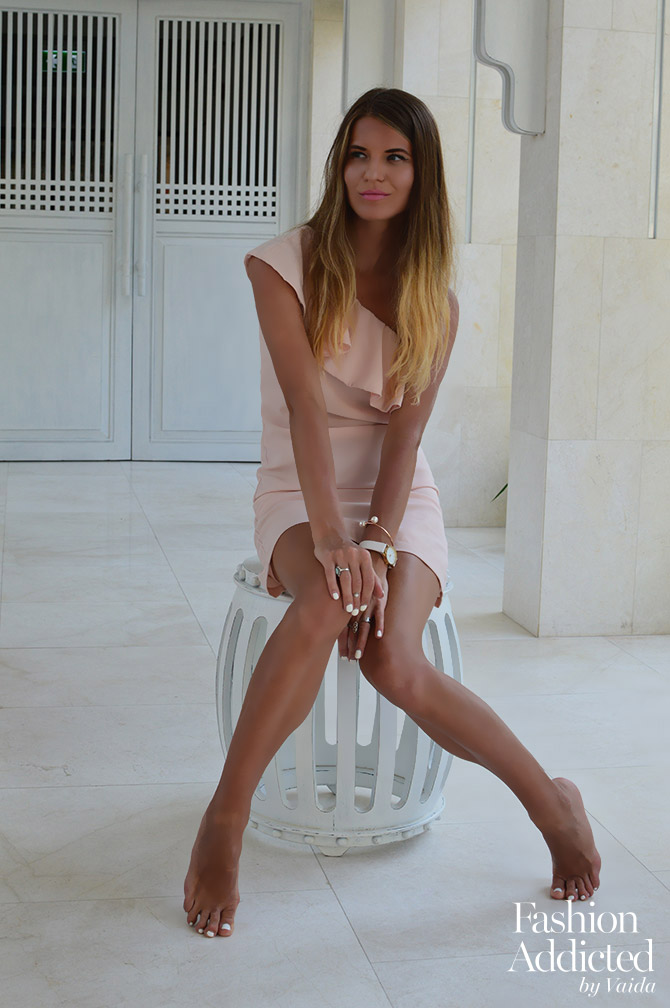 La-Redoute-Pink-Dress-one-shoulder-holiday-dress-fashion-blogger-london