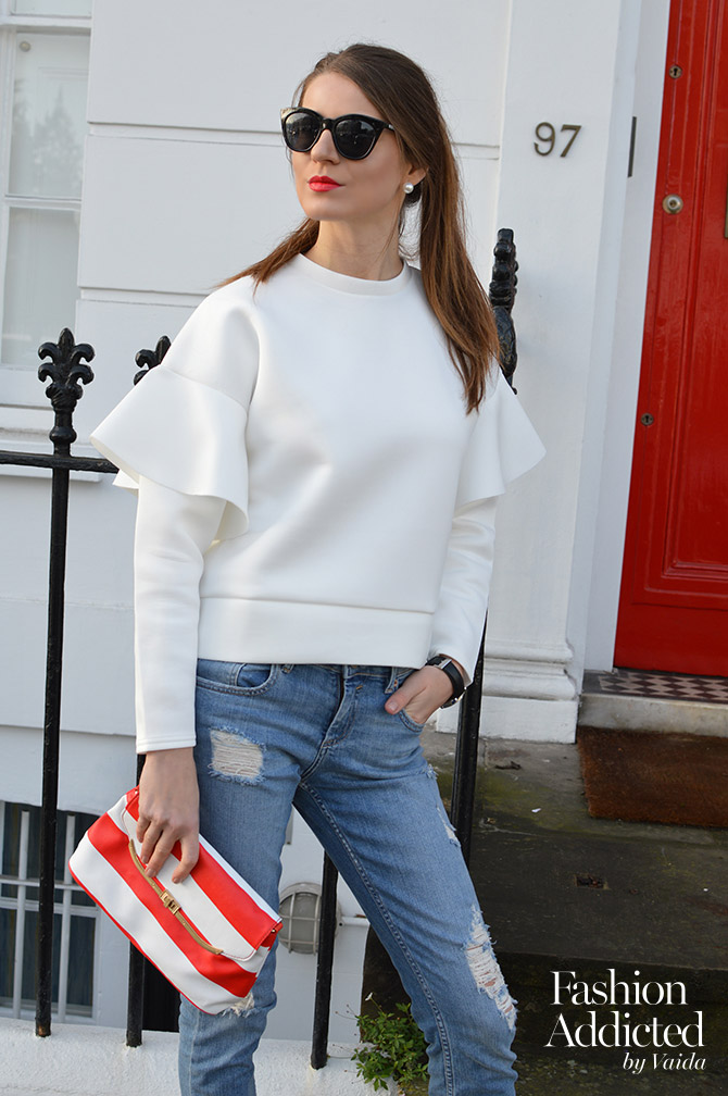 Ruffle-Sleeve-Sweater-ripped-jeans-outfit-3