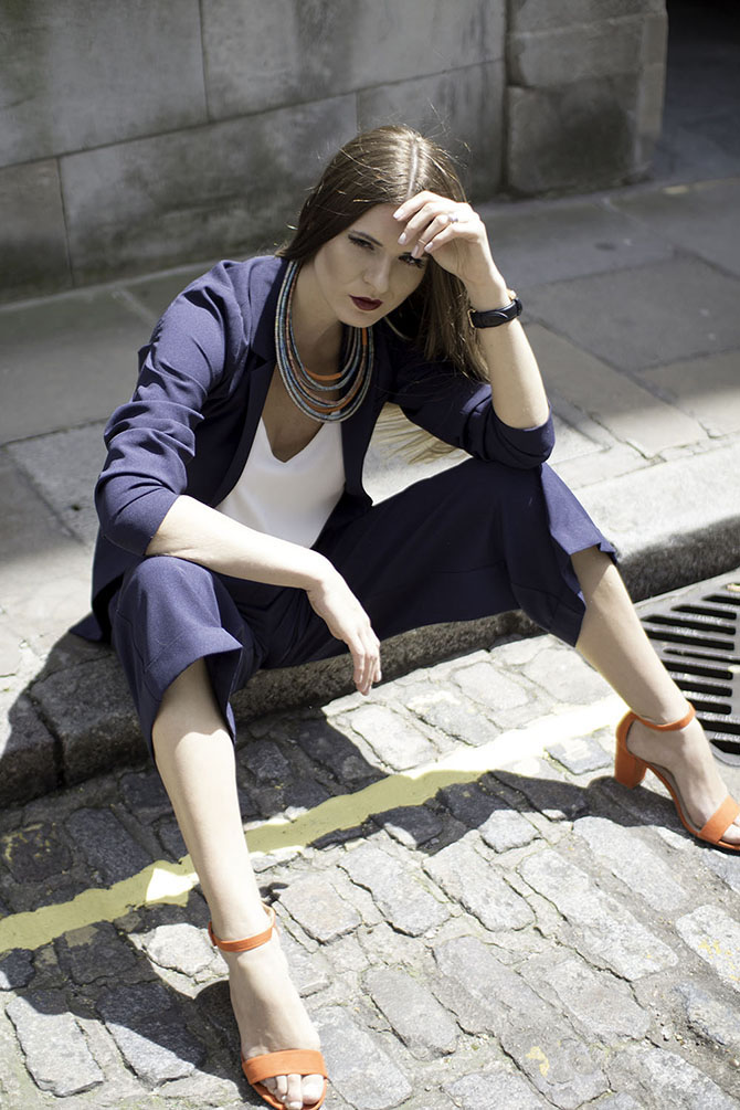 navy-suit-fashion-blogger-london-dorothy-perkins