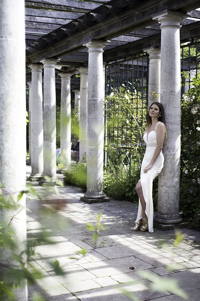 forever-unique-prom-dress-white-wedding-hampstead-pergola