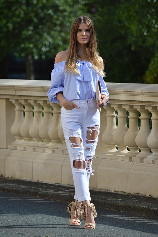 lasula-mom-ripped-jeans-off-shoulder-top-striped-blue-tassel-heels-fashion-blogger-london