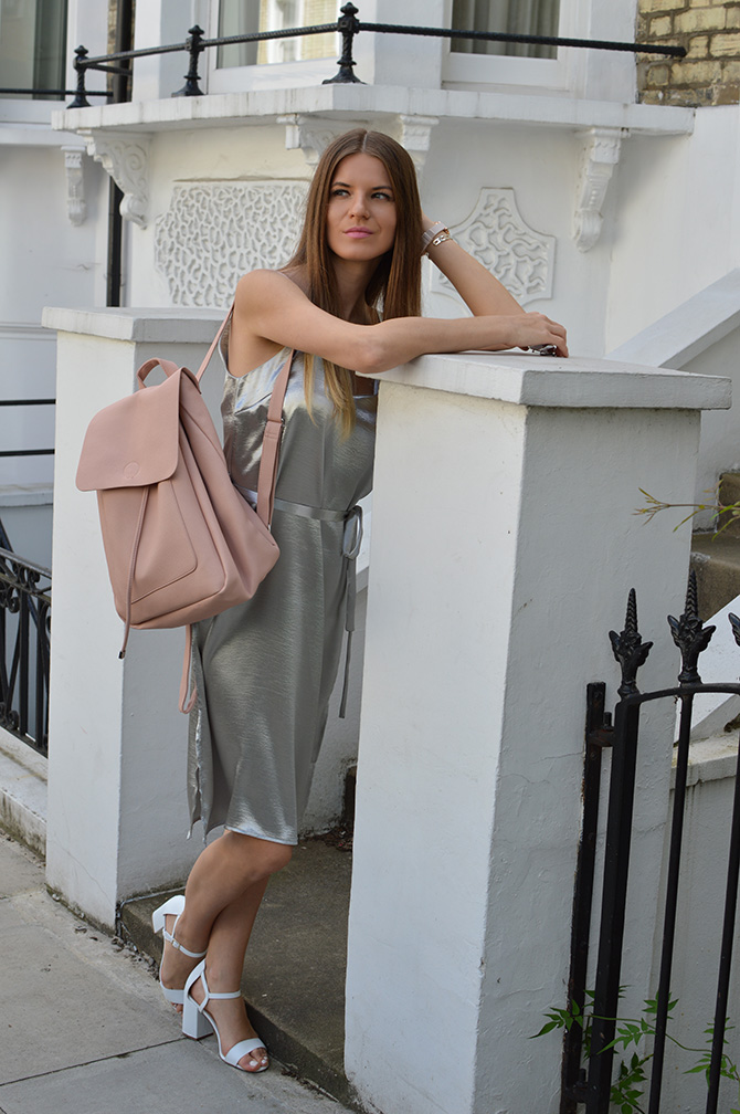 silver-slip-dress-thisisnewlook-pink-backpack-1