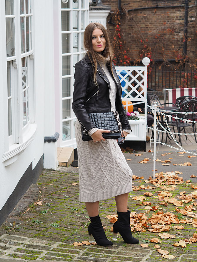 knitted-dress-outfit-zara-quilted-bag