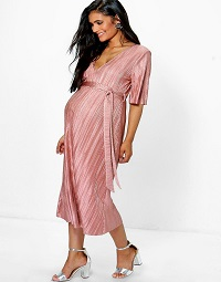 boohoo-maternity-pleated-dress
