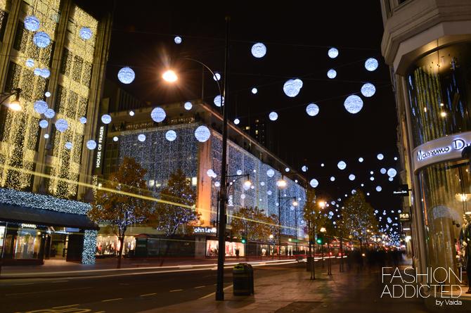 London-Oxfrod-street-by-Christmas