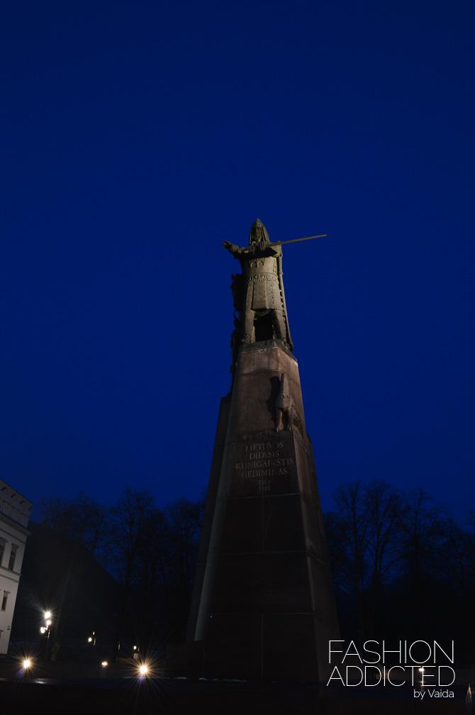 gediminas-statue