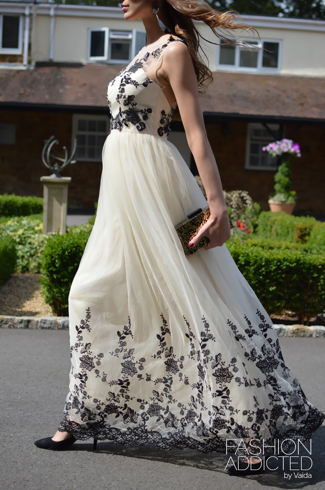 Chi-Chi-London-Maxi-Dress-01