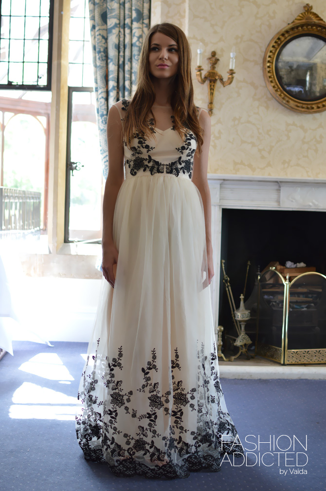 Chi-Chi-London-Maxi-Dress-8