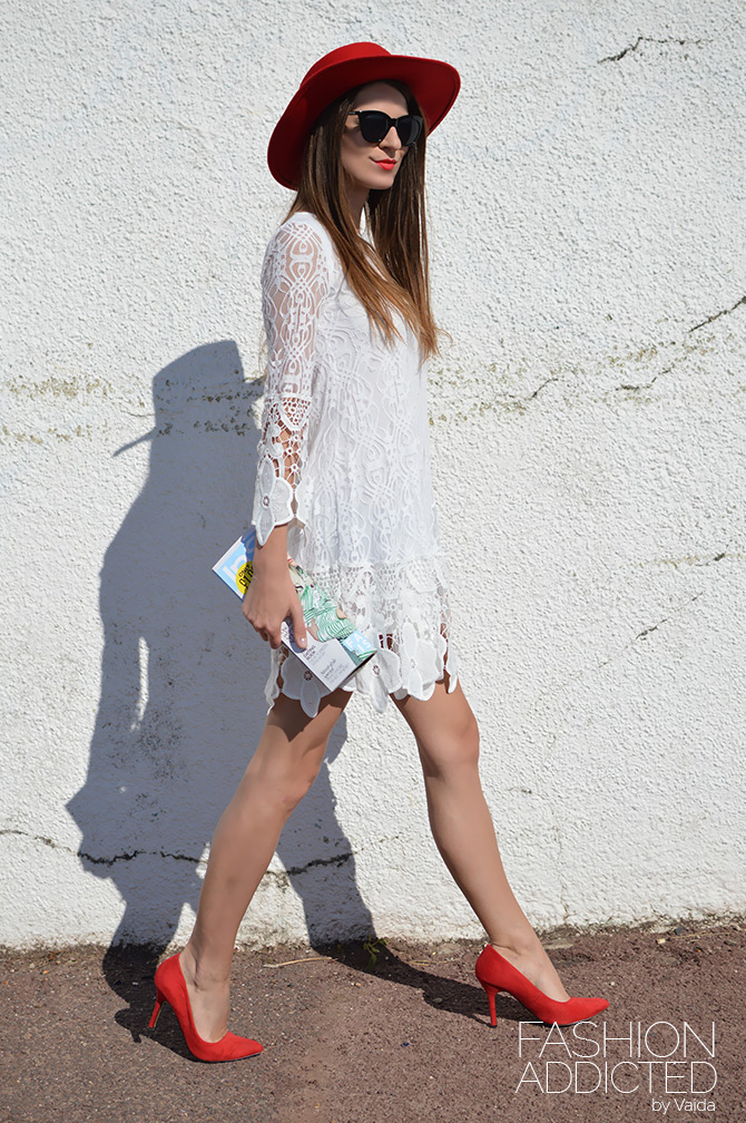boohoo-flower-lace-dress-2