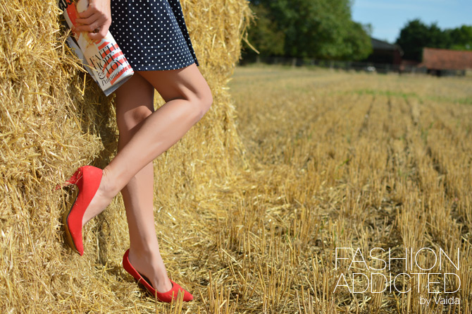 select-fashion-red-court-shoes