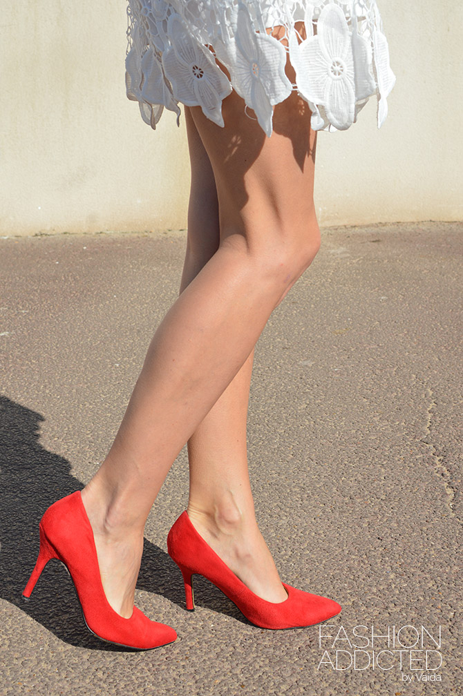 select-red-court-shoes