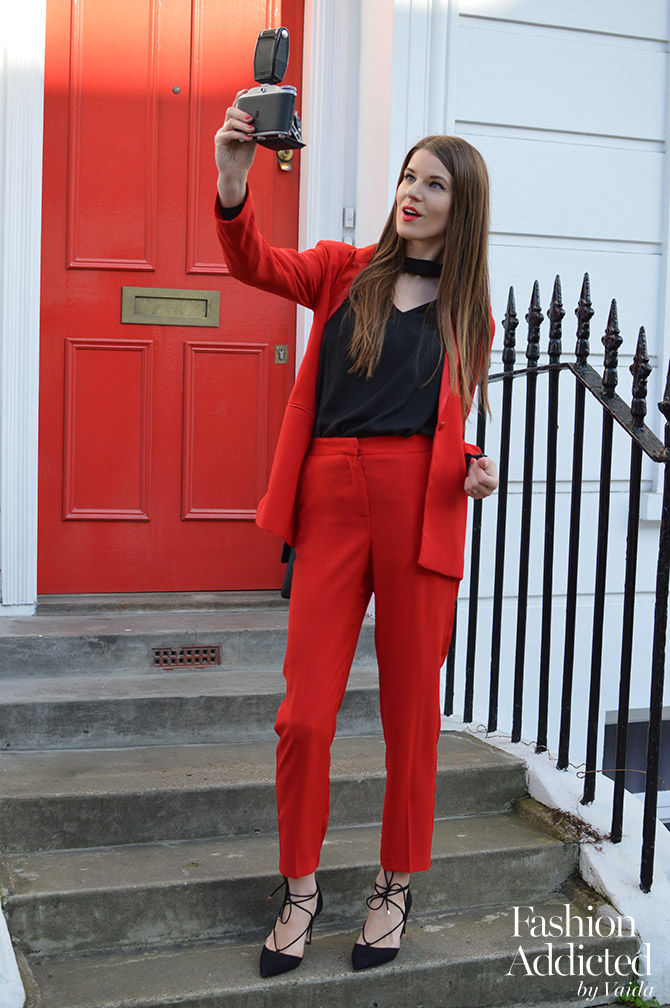 red-women-suit-outfit-blazer-fashion-blogger-london-vaida