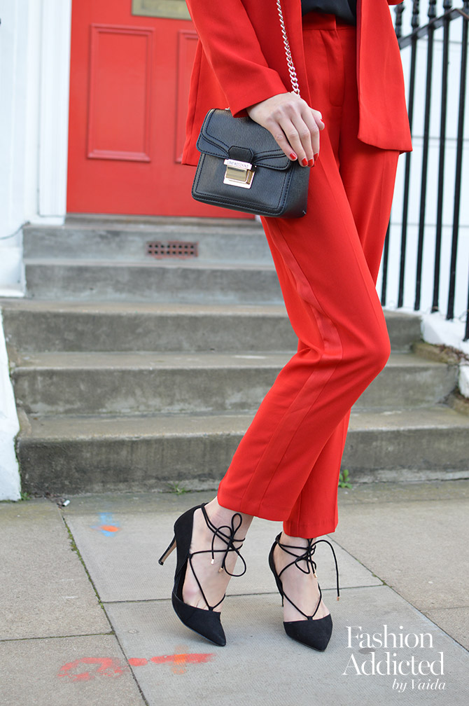 red-women-suit-outfit-blazer-tailored-pants-ghillie-shoes-2