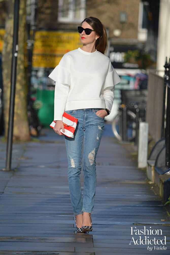 Ruffle-Sleeve-Sweater-ripped-jeans-outfit
