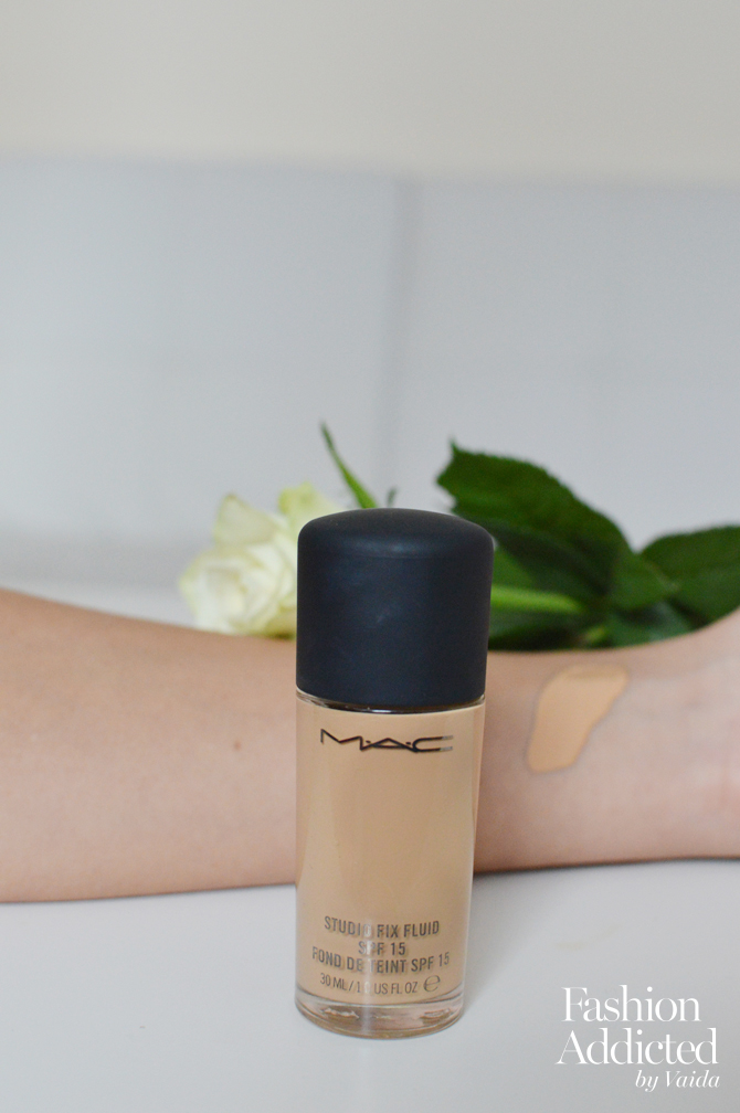 MAC-studio-fix-fluid-review