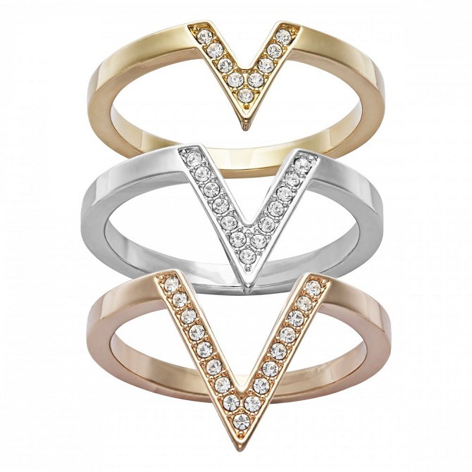 burns-jewellers-swarovski-crystal-delta-triple-v-ring-p19583-43272_zoom