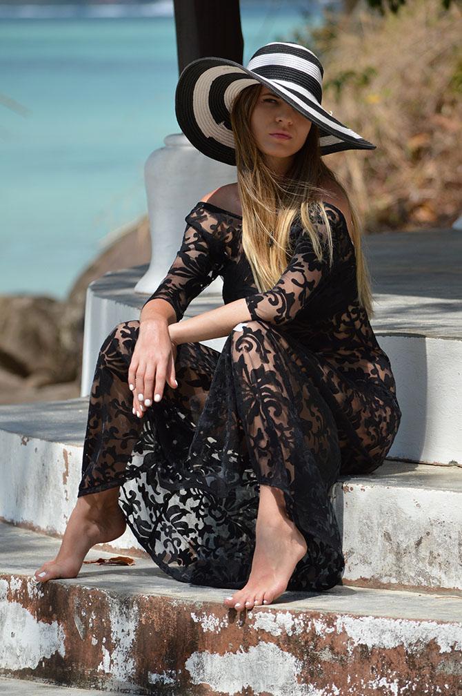 Black-Lace-Maxi-Dress-wide-brim-hat