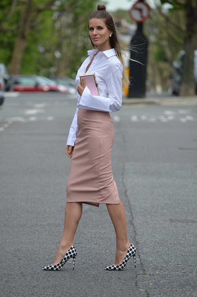 oversized-cuffs-shirt-wide-sleeves-shirt-leather-nude-skirt-1
