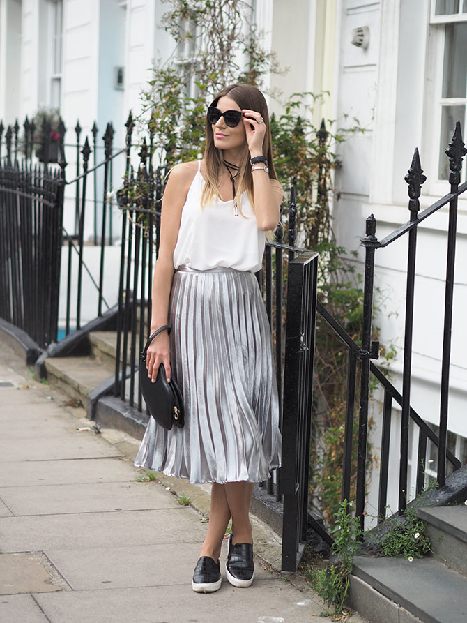 metallic-pleated-skirt-missy-empire-lips-bag-fashion-blogger-london