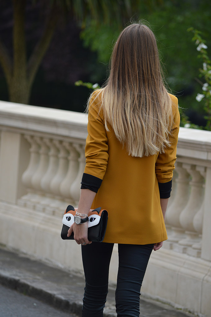 mustard-blazer-fox-clutch-2