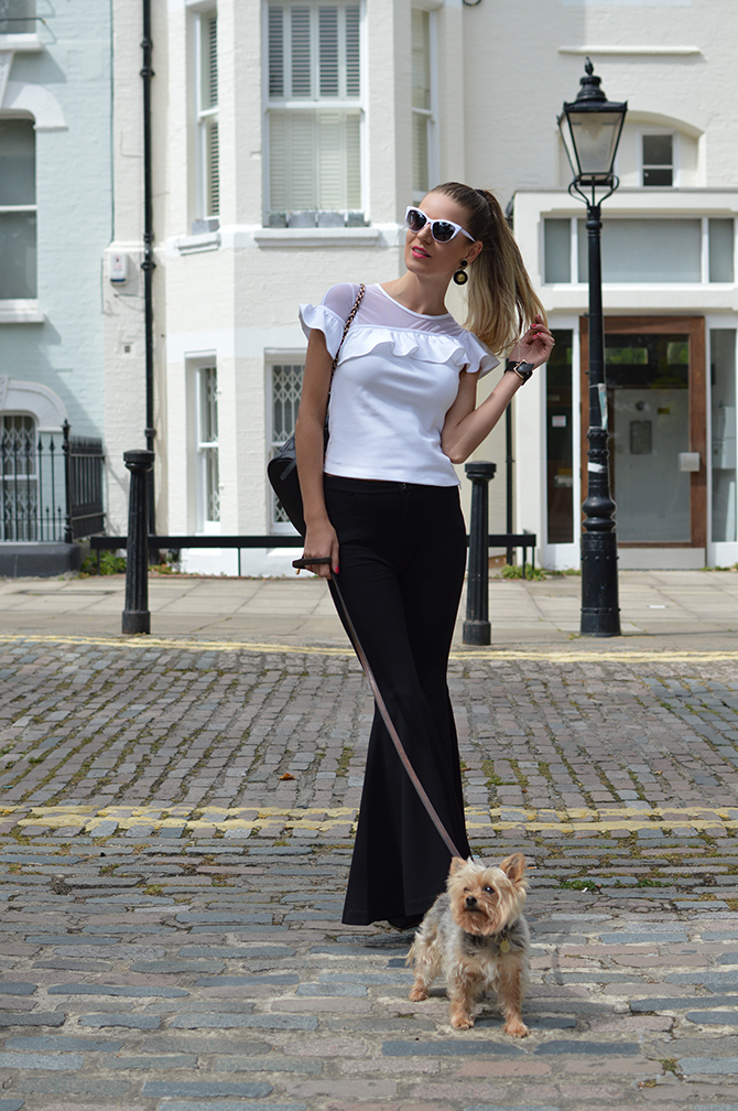 black-flared-trousers