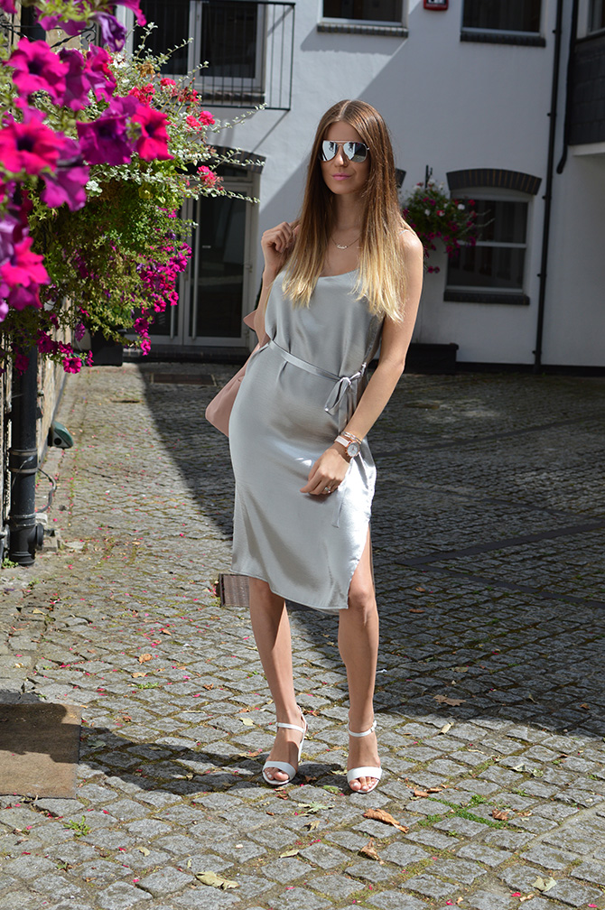 silver-slip-dress-thisisnewlook-4