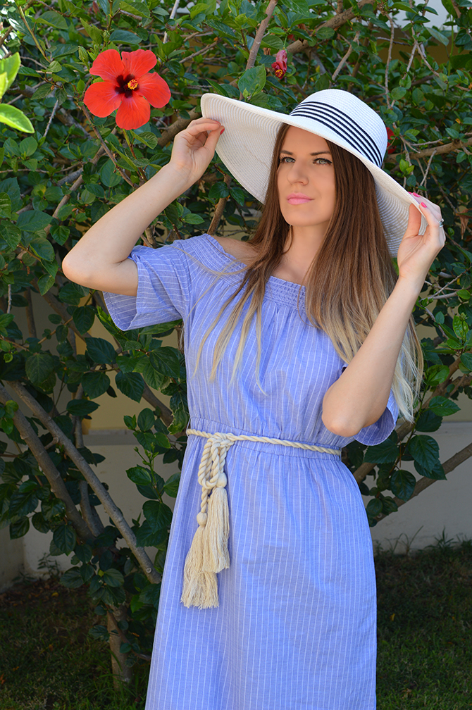 striped-off-the-shoulder-dress-fashion-blogger-london