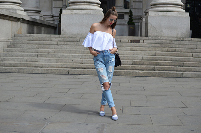 morena-morena-shoes-loafers-off-shoulder-top-mom-ripped-jeans-fashion-blogger-london
