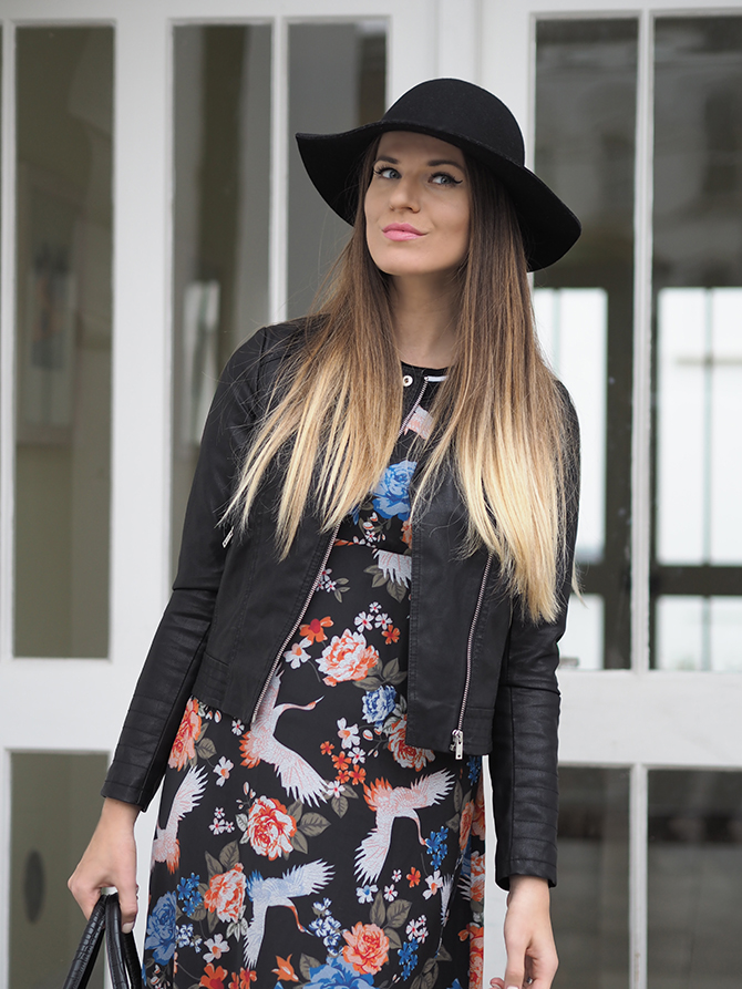 dorothy-perkins-midi-floral-dress-floppy-hat