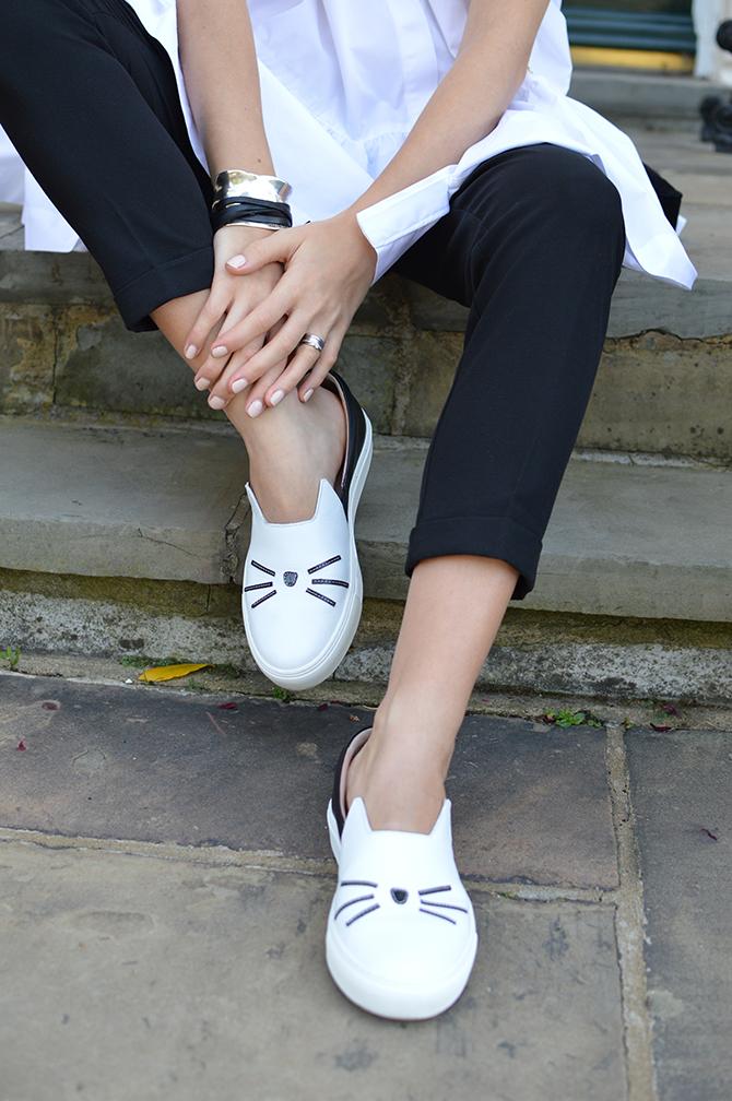 karl-lagerfeld-cat-slip-ons-shoes-unode50-ibiza-bracelet