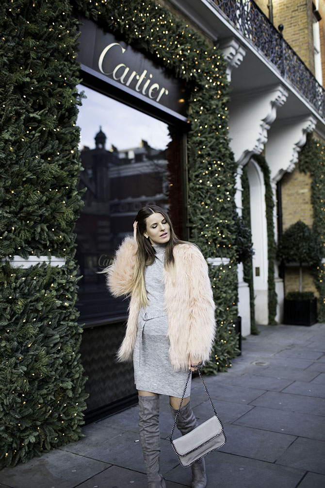 pretty-little-thing-pink-faux-fur-coat-fashion-blogger-london-1
