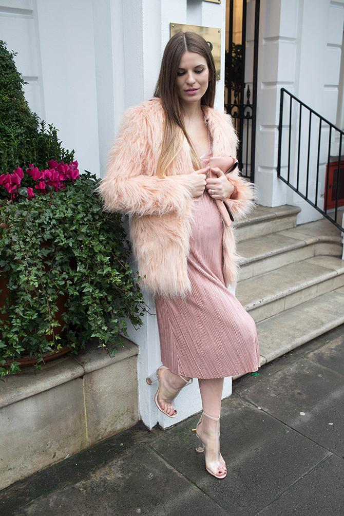 boohoo-maternity-dress-perspex-heel-boot-2