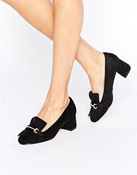 black-fringe-mid-heel-loafer