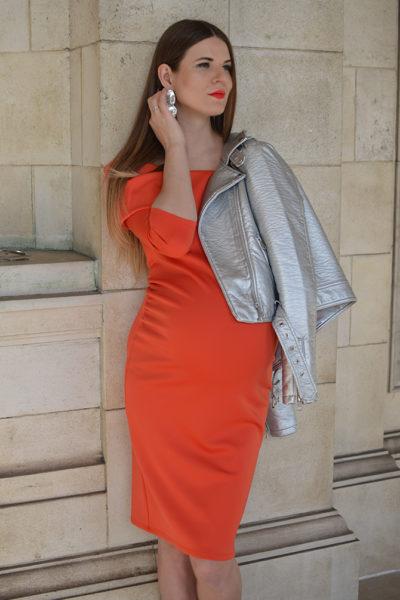 red_maternity-dress-4