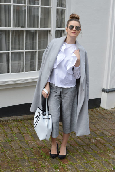 ruffle-blouse-fashion-blogger-london
