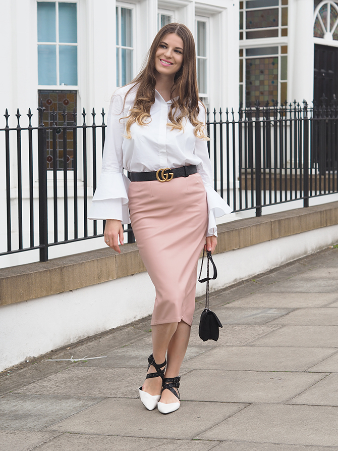 f744357ed8 Ruffle-sleeve-shirt-gucci-marmont-belt-fashion-blogger-