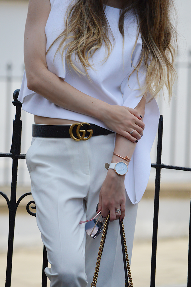 How To Wear All White Outfit-5