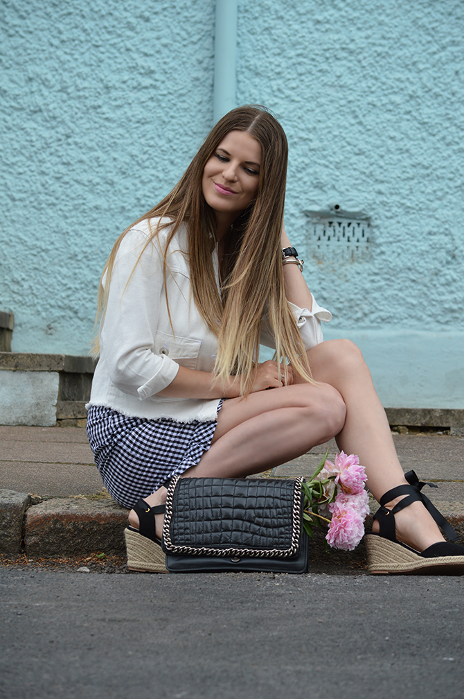 gingham-skirt-peonies-white-denim-jacket-fashion-blogger-london-6