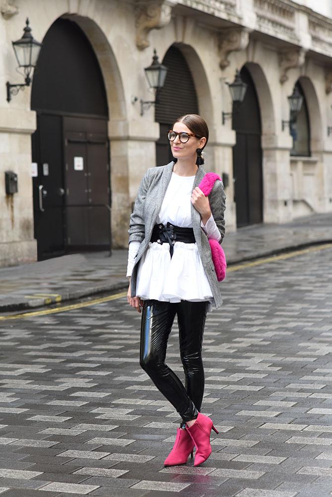 how-to-wear-vinyl-trend-vinyl-trousers-3