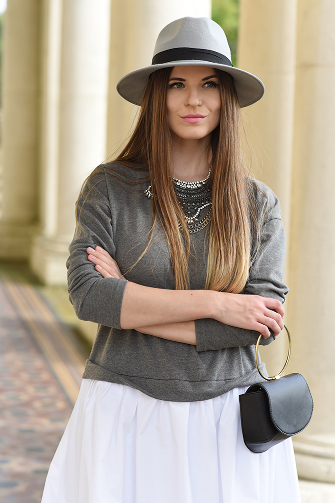 grey-over-the-knee-boots-autumn-outfit-6