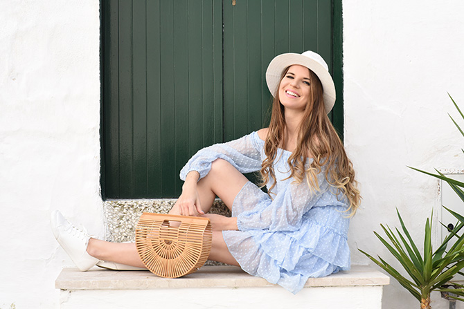 stylish-getaway-italy-ostuni-straw-handbag-holiday-outfit-4