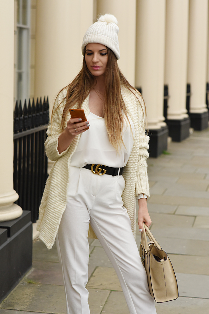all-in-white-outfit-autumn-gucci-belt-2