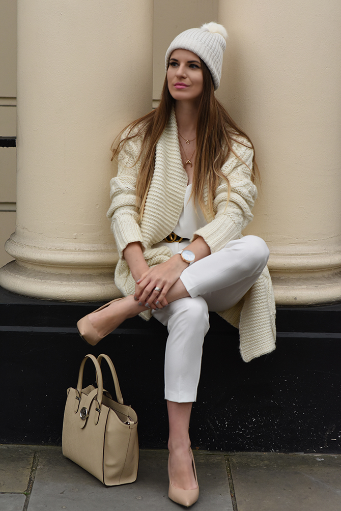 all-in-white-outfit-autumn-gucci-belt-3