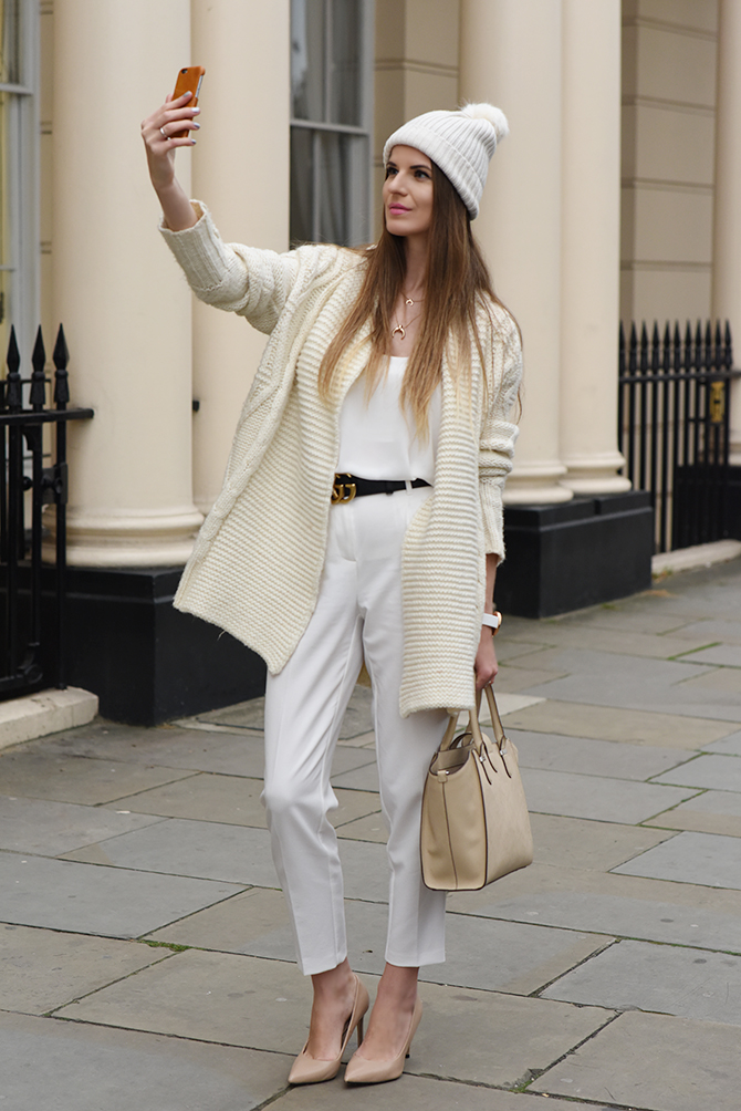 all-in-white-outfit-autumn-gucci-belt-fashion-blogger-london