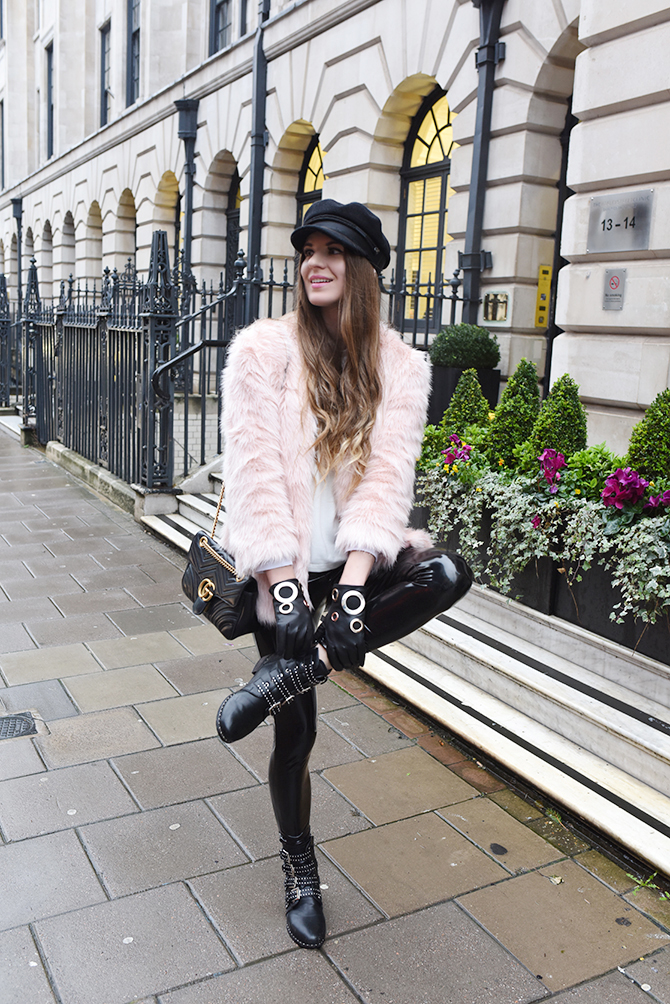 how-to-be-rock-chic-vinyl-trousers-baker-boy-hat-gucci-marmont-bag-fashion-blogger-london-4
